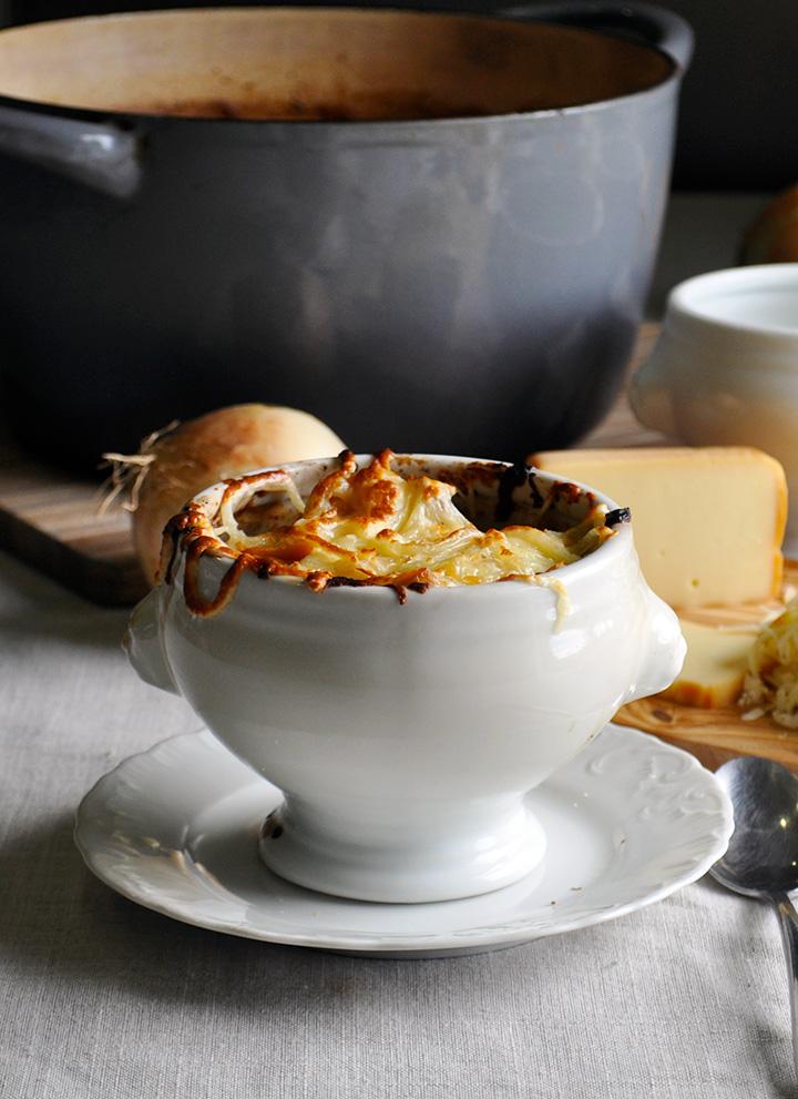 A bowl of crock pot French onion soup.