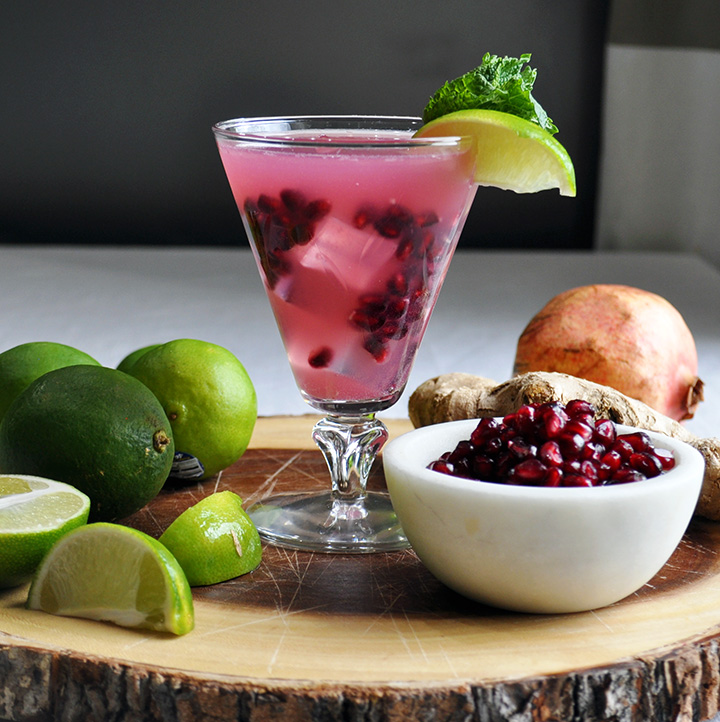 Pomegranate Ginger Spritzer Cocktail