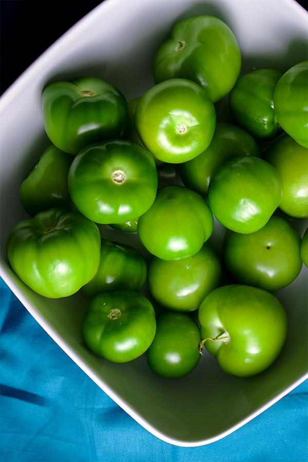 A bowl of fresh tomatillos.